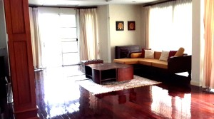 H067 R : House for Rent in Hang Dong