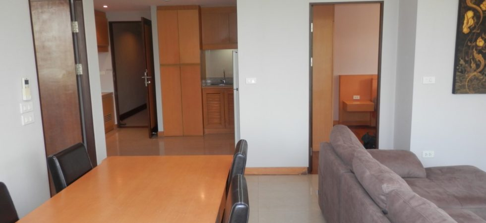 Condo For Rent Living in Chiang Mai CR520_02