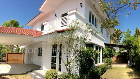 ID: HS112 Unfurnished house in reputable gated community at Wararom, Kaew Nawarat