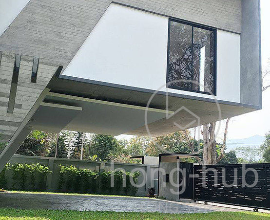 House for Sale Living in Chiang Mai HS104_01